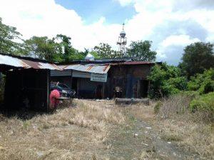 Masjid Hubbuddin Mirip Kandang Kambing di Tengah Kota Makassar