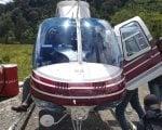 Helikopter PK-IWD milik PT Intan Angkasa Air Service yang dipiloti Dan Cristian Munteanu ditembaki oleh Kelompok Kriminal Sipil Bersenjata (KKSB) Papua. (dok. Kapendam XVII/Cenderawasih)